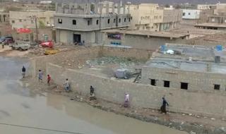 بالصور .. استمرار هطول الأمطار على سقطرى مع وصول اعصار ماكونو