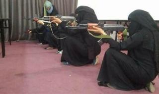 """ميليشيات حزب الله تشرف على تدريب """"الزينبيات"""" في الحديدة"""