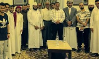 أمين عام جامعة عدن يلتقي الطلاب المستجدين لكلية العلوم الاجتماعية والتطبيقية في جدة بالسعودية