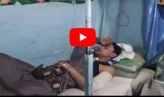 شاهد (أول فيديو) واضح يوثق لحظة اعتداء الحوثيين على الفنان ''ملاطف الحميدي'' وحلق شعر رأسه الطويل