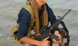هل تذكرون الوزير الحوثي الذي هدد ابناء الجنوب وتوعد بسحقهم ..شاهد بالصورة كيف جعلوه يبكي مثل النساء (صورة