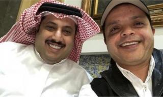 """برعاية تركي آل الشيخ.. محمد هنيدي يعرض مسرحية """"3 أيام في الساحل"""" بجدة """"فيديو"""""""