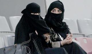"""""""شاهد"""" شيئ يجهله الجميع : هل يجوز جمع الزوجتين في فراش واحد..!"""