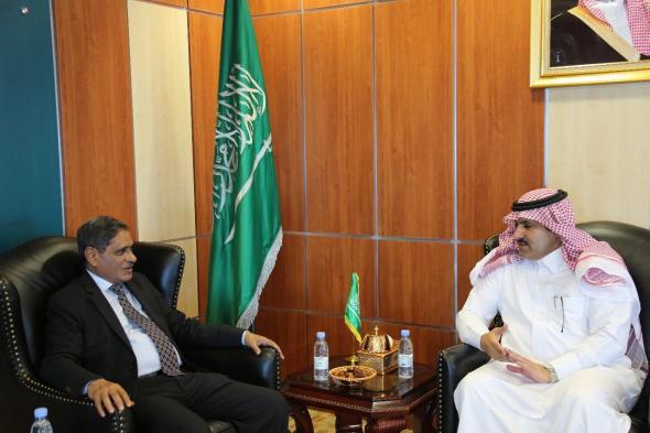 المحافظ البحسني يبحث مع السفير السعودي لدى بلادنا برنامج الإعمار في حضرموت