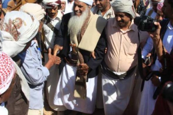 مشائخ وقبائل وشخصيات وادي حضرموت يحتشدون في مدينة المكلا للمطالبه بتثبيت أمن واستقرار الوادي