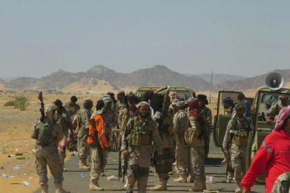 باصات نقل جماعي تنقل المئات من الشباب الجنوبي الى معسكرات للأحمر في حضرموت تمهيداً لنقلهم مأرب والحدود السعودية