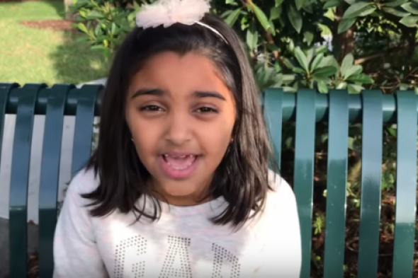 بالفيديو.. الطفلة جودي نُعمان تدعو العالم لإنقاذ أطفال اليمن من الموت جوعًا