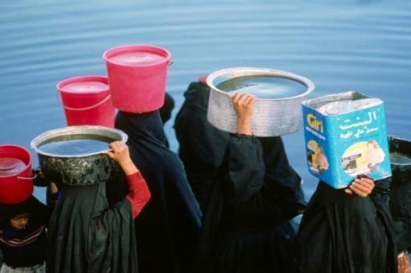 أكثر من مائة نوع من المياه المعدنية انتشرت في اليمن ومخاوف من انعدام الرقابة