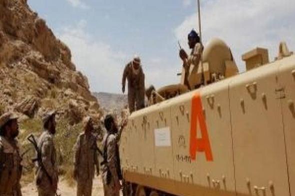 القوات الحكومية تحبط تسللاً حوثياً وتدمر عربتين بكتاف صعدة