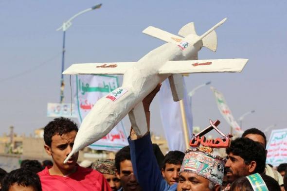 تهديدات حوثية معاكسة لتيار السلام في اليمن