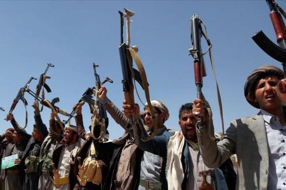 مليشيا الحوثي تستهدف مخزن مخلفات الحرب بمحافظة مارب
