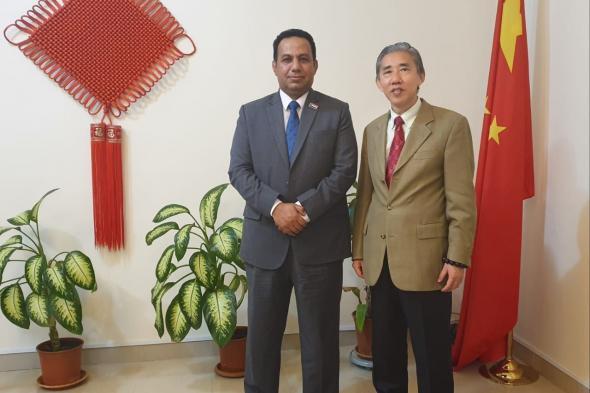 ممثل خارجية الانتقالي الشبحي يلتقي السفير الصيني لدى اليمن