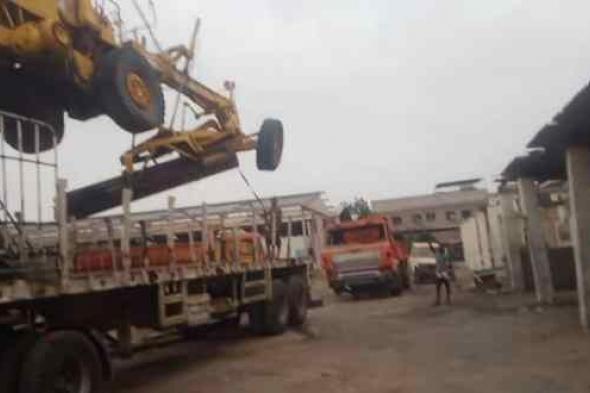 المؤسسة العامة للطرق والجسور فرع لحج تستعيد ثلاث معدات من اصولها المتحركه