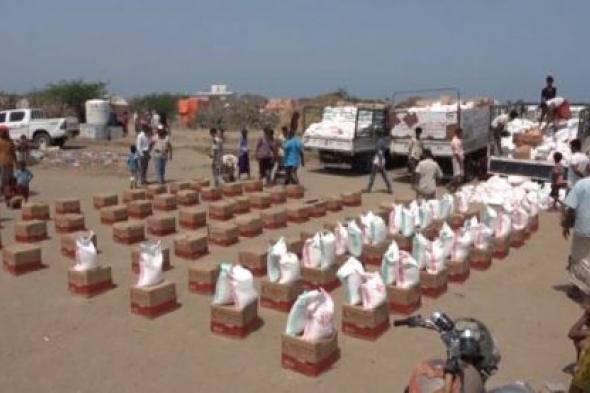 عطاء الخير مستمر : الإمارات تواصل إغاثة أهالي الساحل الغربي