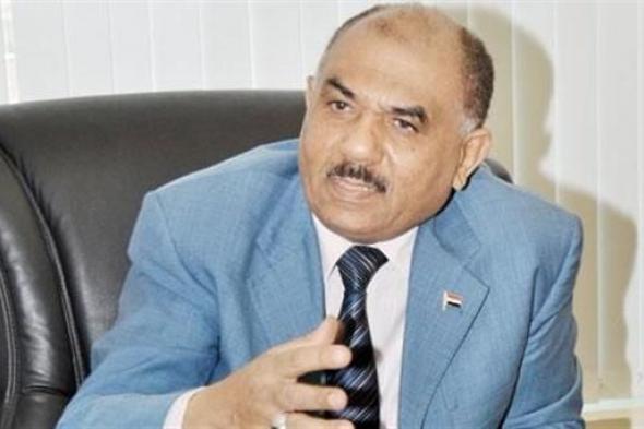 وفاة وزير الإعلام اليمني الأسبق حسن اللوزي إثر إصابته بكورونا