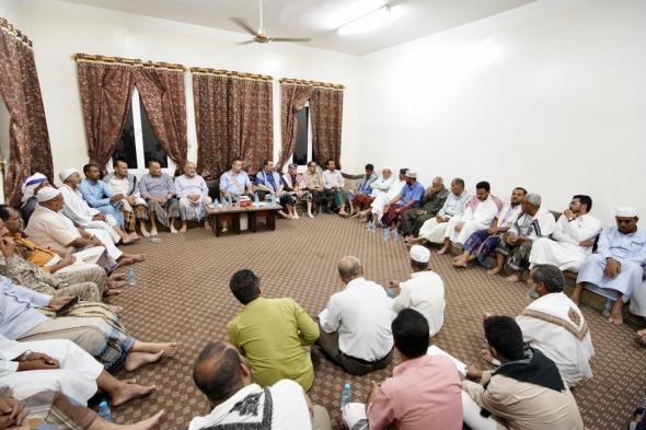 رئيس الوزراء: الحفاظ على الوفاق السياسي ركيزة أساسية للانتصار في المعركة ضد الحوثي
