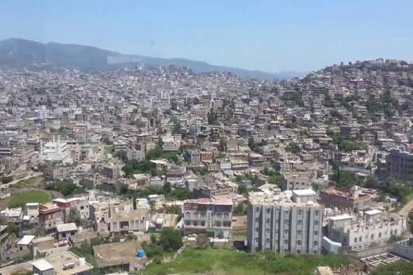 العثور على جثة لشاب مقتول تحت مكب للنفايات بمدينة إب